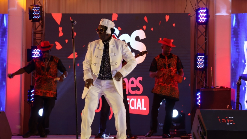 Sir Victor Uwaifo performing at BOSS FM 95.5 2020 Valentine's Day Special